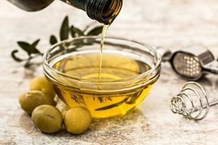 olive-oil-968657_960_720 2.jpg